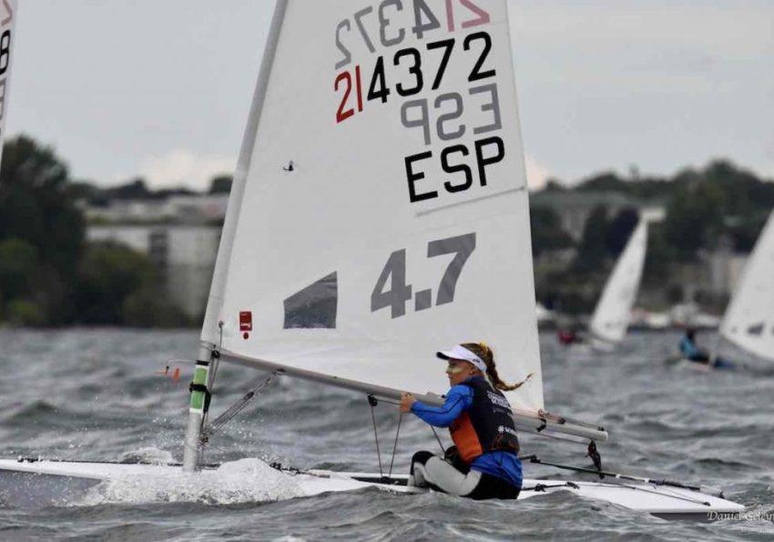 Girl sailing in 2019 Laser 4.7 World Championships